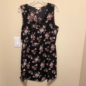 3 for $20 - Warehouse one - black/floral dress
